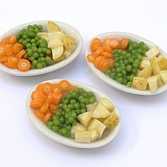 carrot_peas_potato_dish (12683_13)