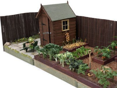allotment cover combo crop MID (18339_1)